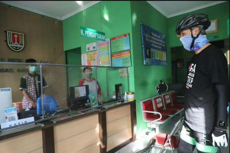 Ganjar Minta Puskesmas Tetap Layani Imunisasi saat Pandemi COVID-19